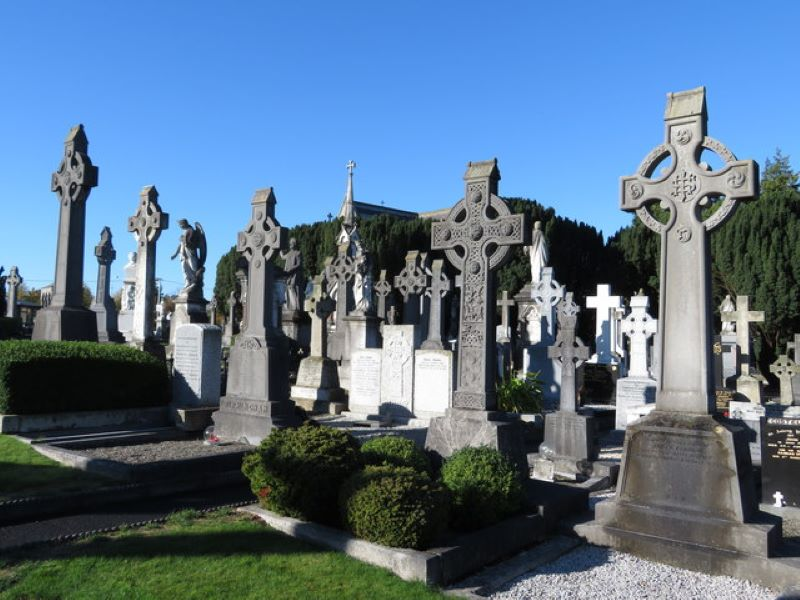 Tour the Tombs at Glasnevin Cemetery