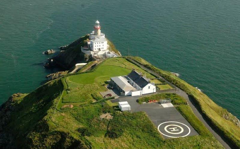 Amazing Lighthouse howth