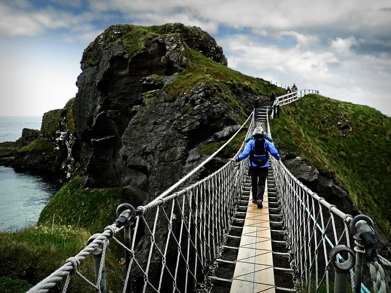 Carrick a Rede Rope Bridge facts